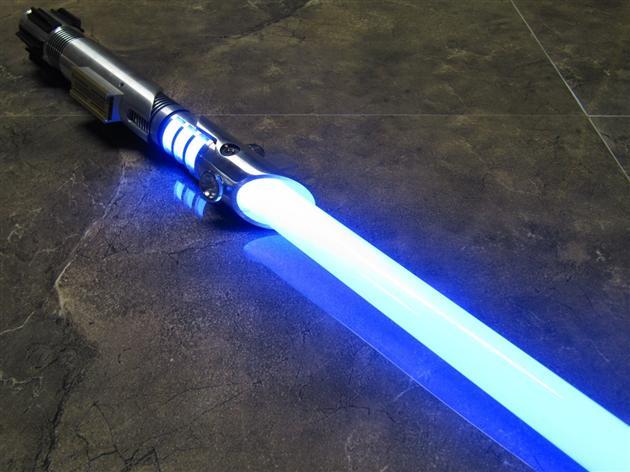 Battle-Sabers-LED-Star-Wars-Lightsabers-1