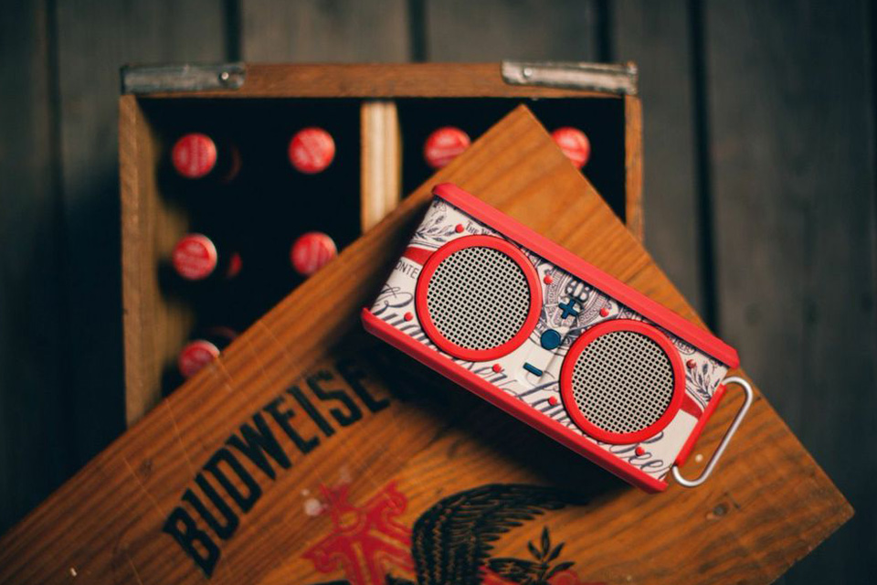 Budweiser x Skullcandy Air Raid Speaker