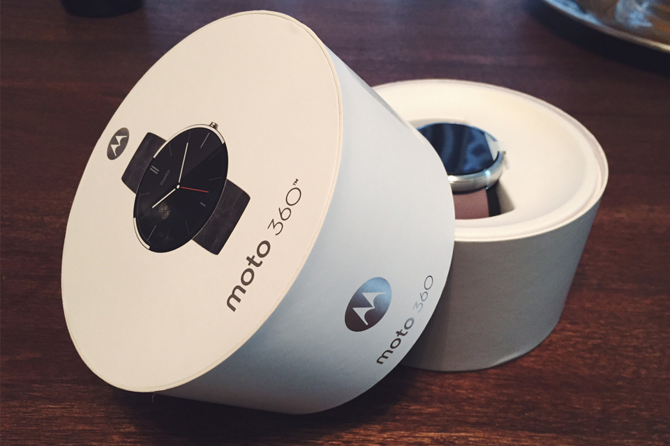 Moto 360 Unboxing