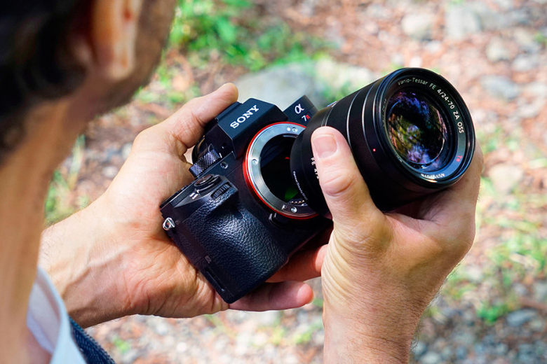 Sony Launches the α7R Ⅱ Digital Camera