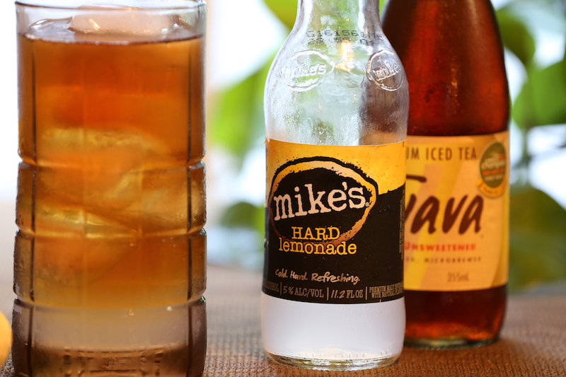 Mike's Hard Lemon Tea