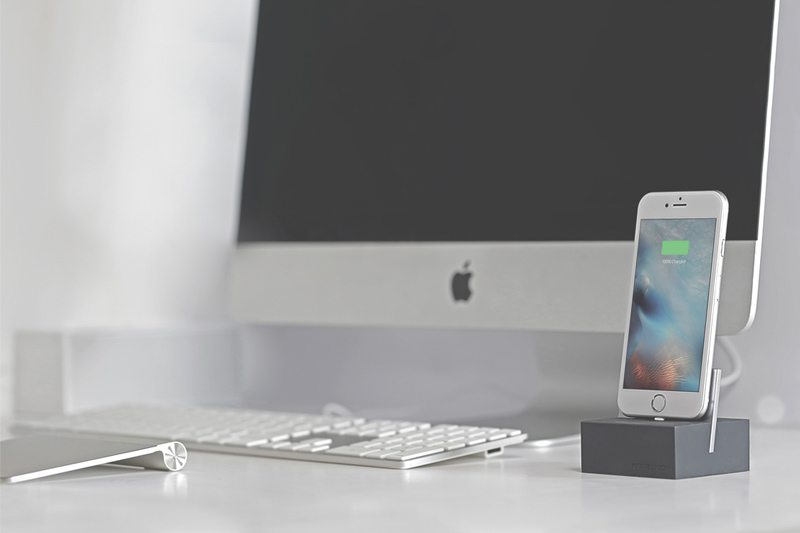 Native Union Lightning DOCK for iPad and iPhone