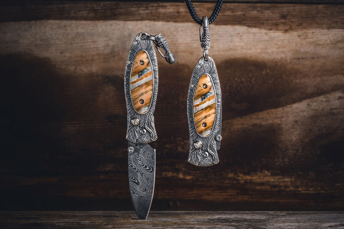 William Henry's Morpheus 'Fire' Knife Pendant