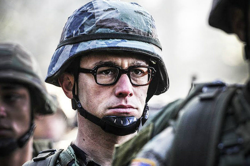 Joseph Gordon-Levitt Stars as Edward Snowden in SNOWDEN Movie