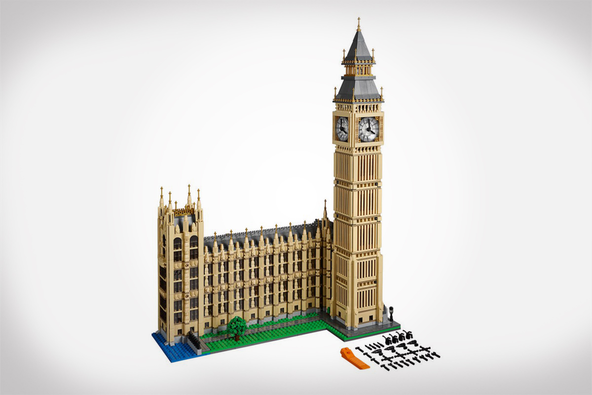 4000 Piece LEGO Set of London's Big Ben Clock Tower