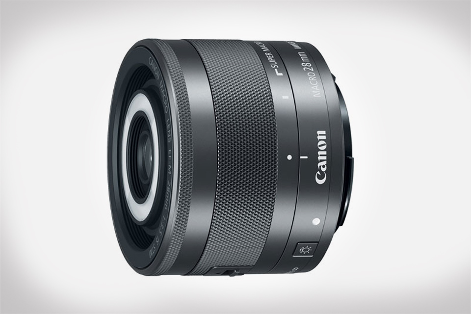 Canon Introduces World's First Macro Lens with Built-In Macro Lite