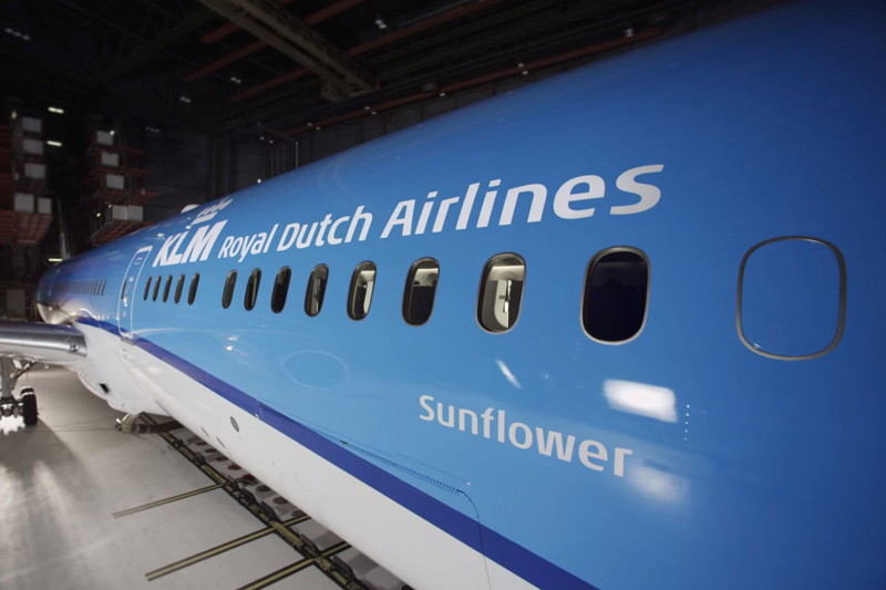 KLM's Boeing 787 Dreamliner Debuts in North America