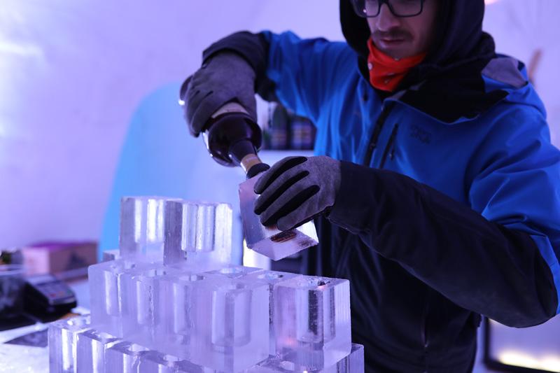Ice bar inside the Hotel de Glace