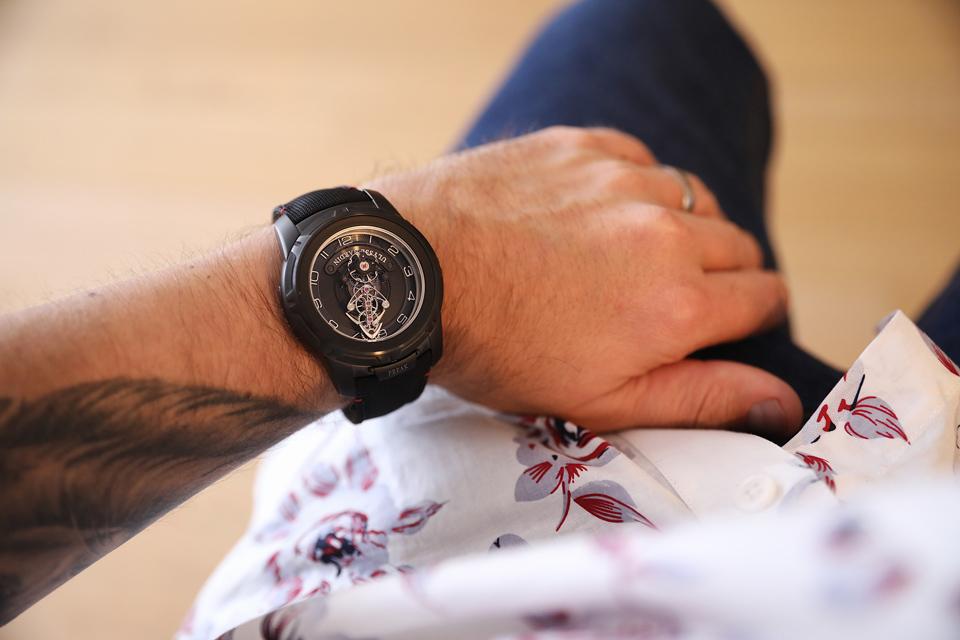 Wearing the Ulysse Nardin 2053-132/Black