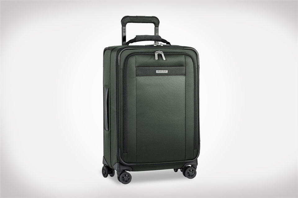 Briggs & Riley Carry-On Review