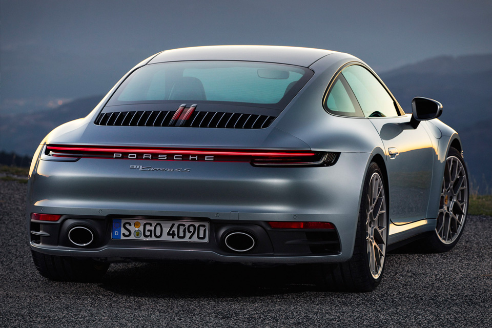2020 Porsche 911 Coupe Backside