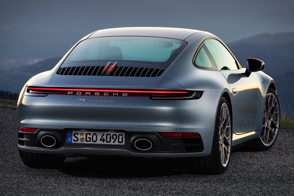 2020 Porsche 911 Coupe Backside