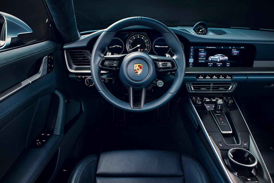 2020 Porsche 911 Coupe Interior
