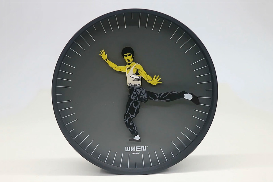 Kung Fu Clock, featuring Bruce Lee