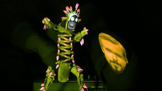 Live Performance of NIGHTCALL by Kavinsky