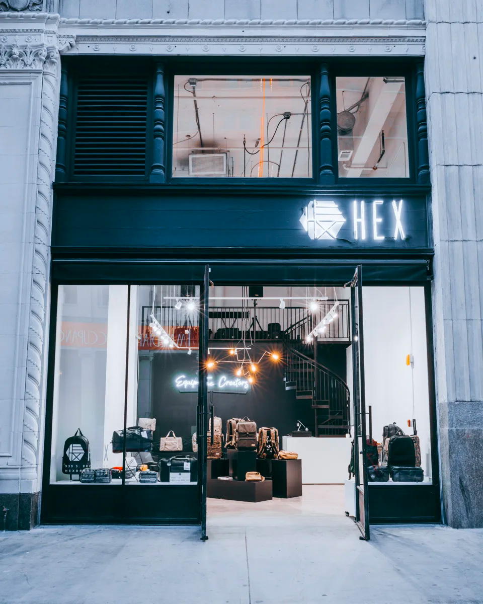 Entrance of new HEX DTLA store