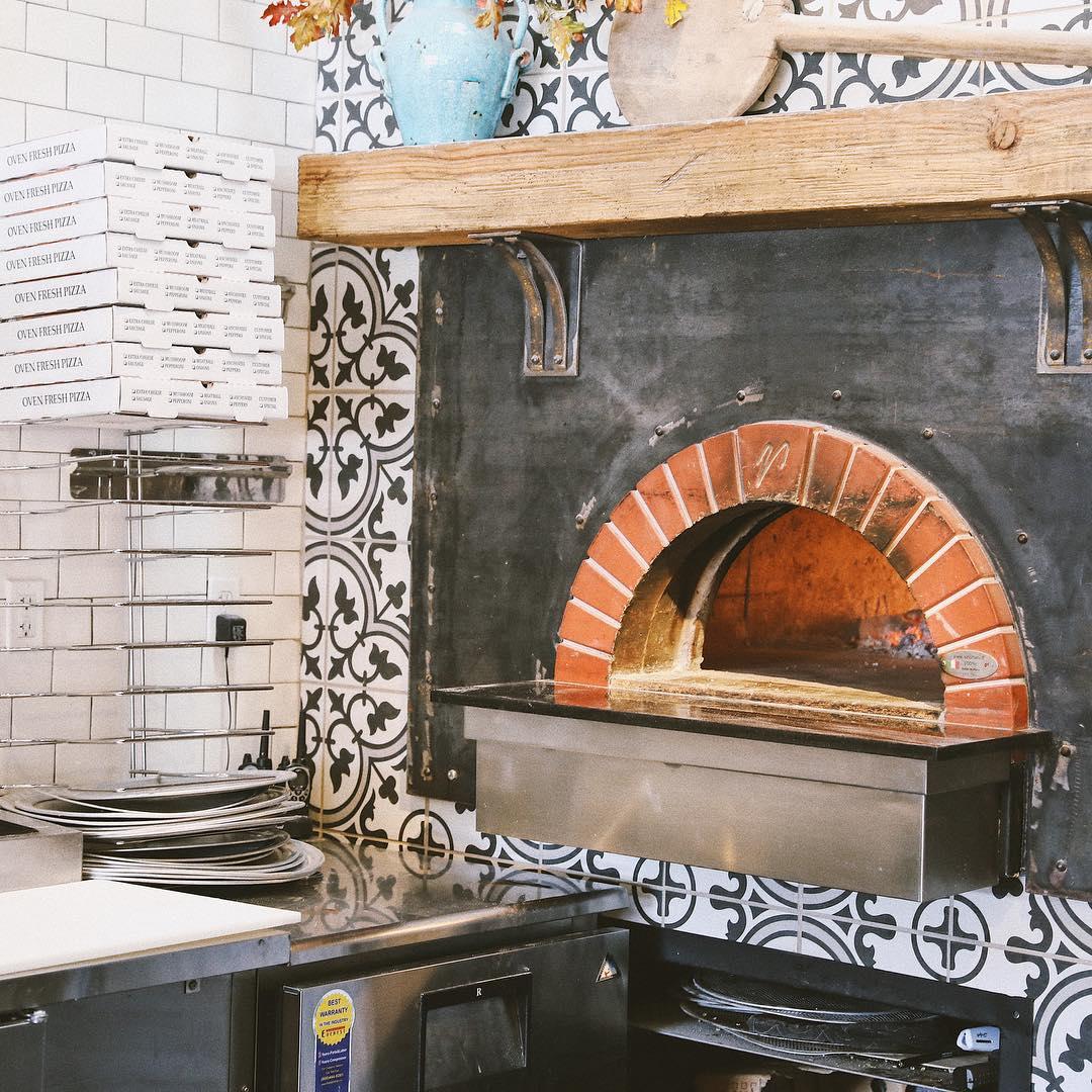 Pizzeria Bello Forno Pizza Oven