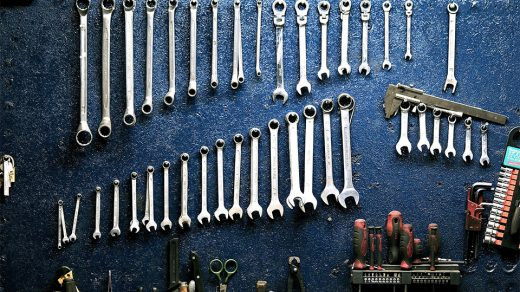 Tools every DIY beginner needs