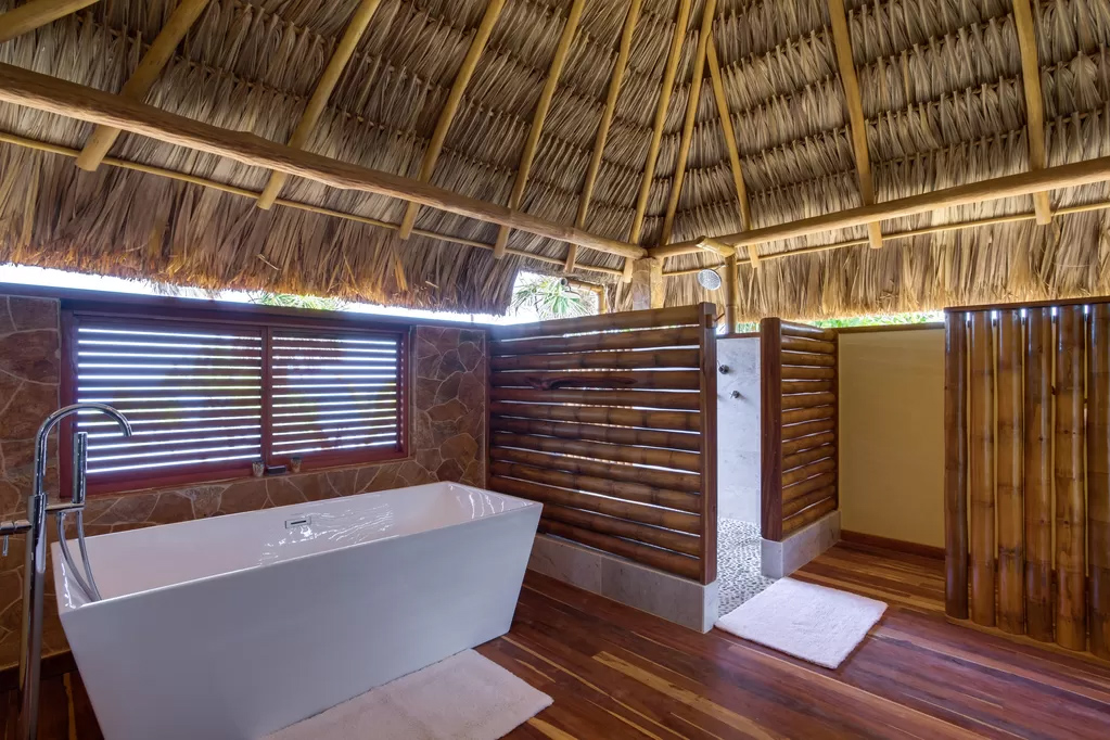 Kanu Private Island bathrooms