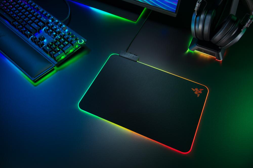 Razer Firefly V2 Mouse Pad