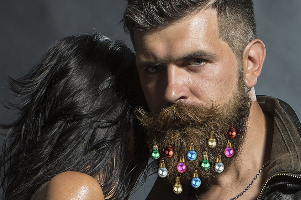 Decorate your beard this holiday season with BeardNaments