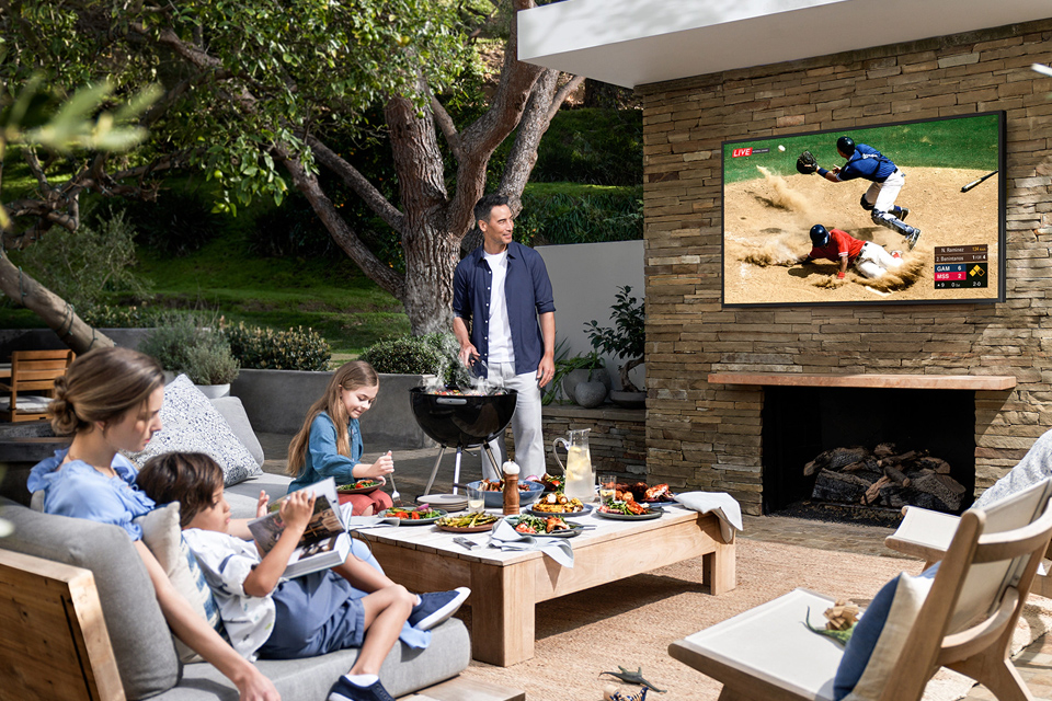 Samsung Terrace TV - outdoor televisions