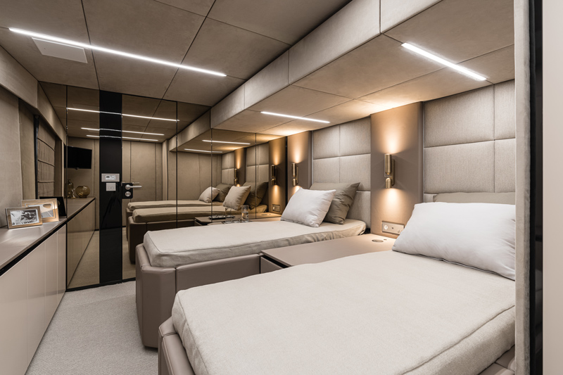 80 Sunreef Power Catamaran Bedroom