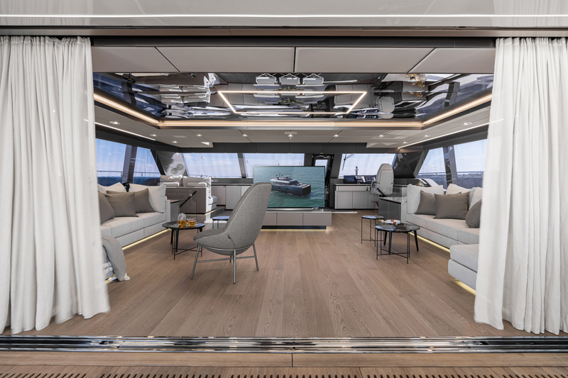 80 Sunreef Power Catamaran Living Room