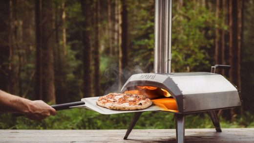 Ooni Karu Wood and Charcoal Pizza Oven