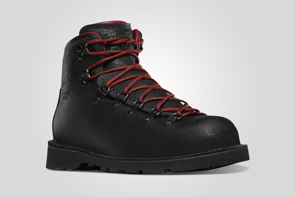 Danner Mountain Pass hiking boot