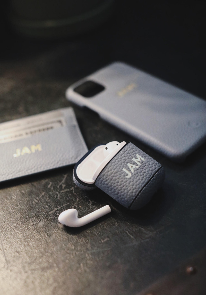 Leather airpods case from Tanon Goods