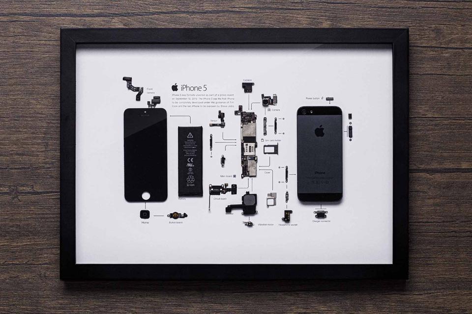 Grid Studio Review: iPhones Deconstructed as Art