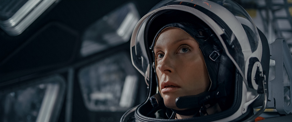 Toni Collette in STOWAWAY movie