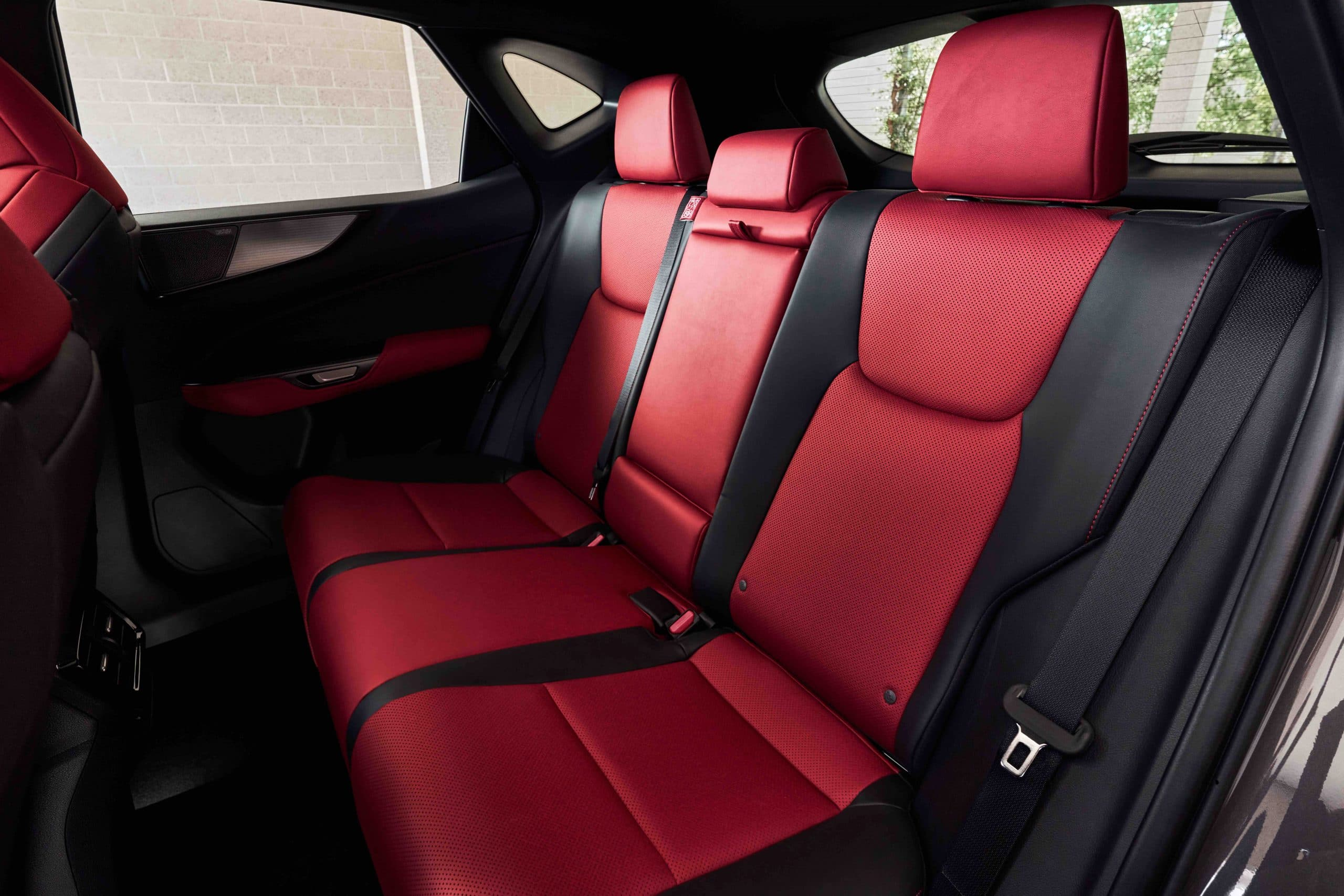 350 F SPORT interior