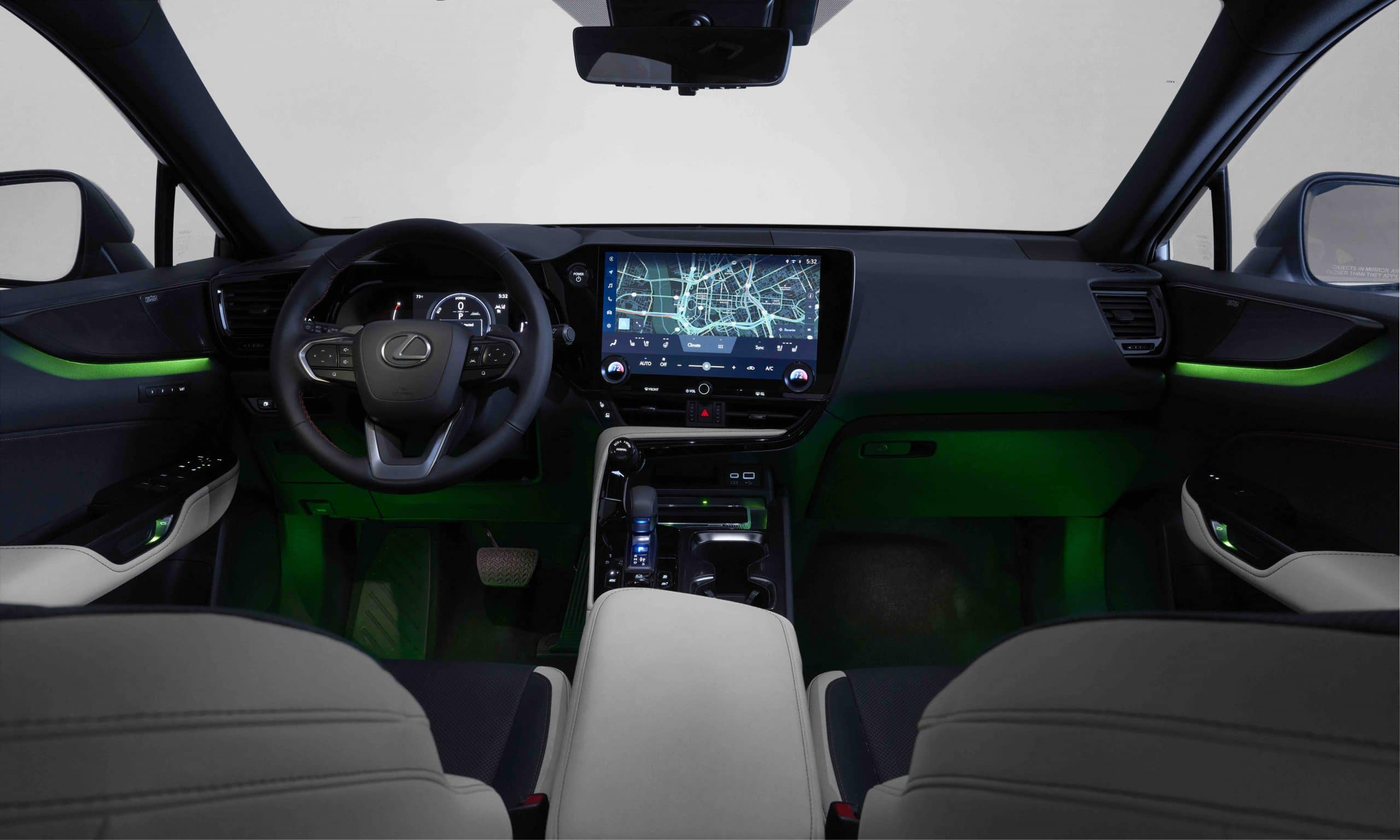 2022 Lexus NX 350 F Hybrid interior